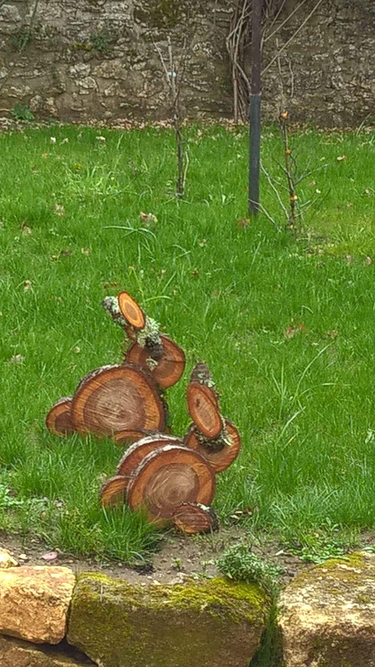 Quelques rondelles de bois et voilà de jolis lapins. Inspiration pinterest