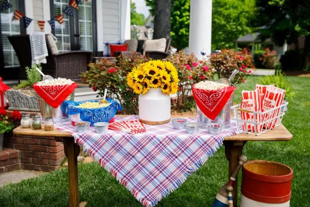 Simply Chic Fourth of July Entertaining Ideas