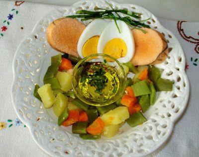 Salada de Ovas com azeite aromatizado