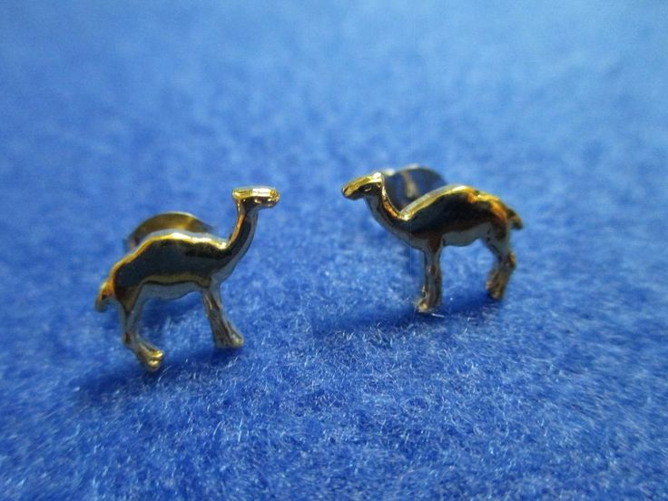Vintage Estate Gold Camel Earrings * Never Worn *  A Must Have For A Night Out! #Unbranded