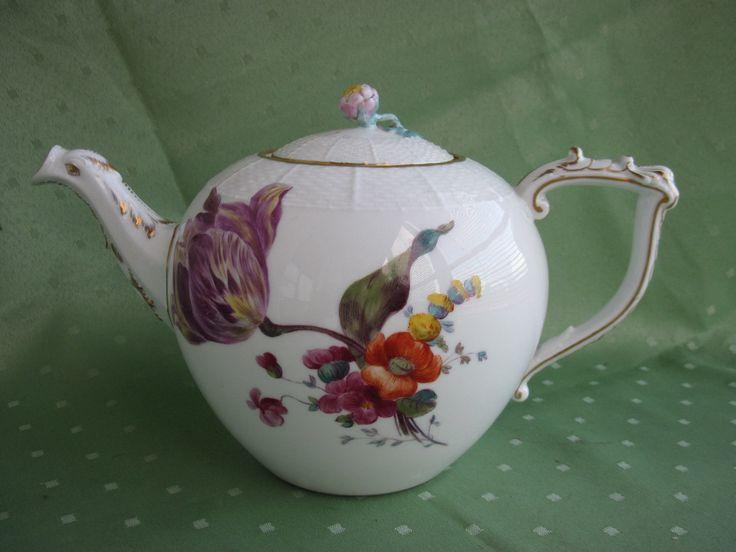 Schöne KPM Berlin Altozier Tee-Kanne mit vielen Blumen und Gold in Antiquitäten & Kunst, Porzellan & Keramik, Porzellan | eBay