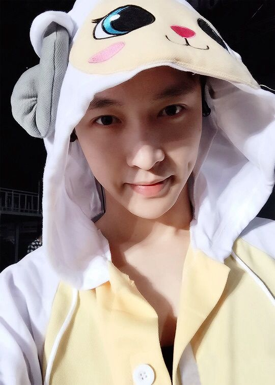 EXO | Zhang Yixing (lay) | tumblr