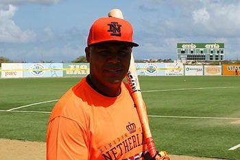 KNBSB - Koninklijke Nederlandse Baseball en Softball Bond - - Andruw Jones voor even terug bij Atlanta Braves