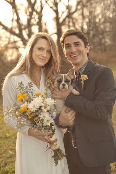 #Pets at Weddings ... Wedding ideas for brides & bridesmaids, grooms & groomsmen, parents & planners ... https://itunes.apple.com/us/app/the-gold-wedding-planner/id498112599?ls=1=8 … plus how to organise an entire wedding, without overspending ♥ The Gold Wedding Planner iPhone App ♥