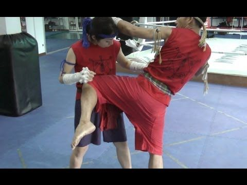 Learn 5 Muay Boran Knee Strikes http://themuaythaicamp.com/