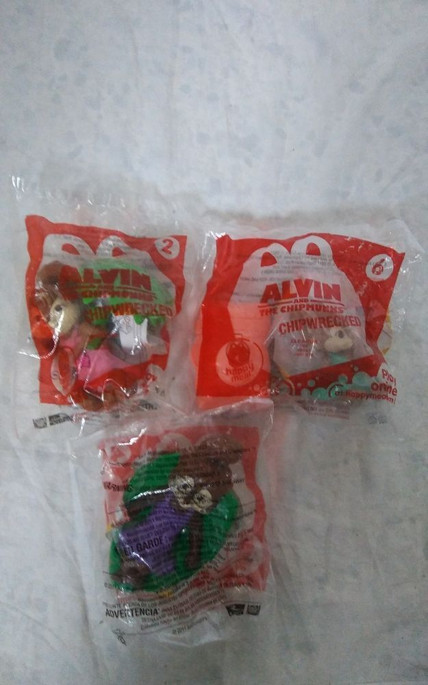 Lot Of 3 Alvin And The Chipmunks Chipwrecked Mcdonalds Happy Meal Girls Toys Mcdonalds Happymealtoys Alvinan Happy Meal Mcdonalds Happy Meal Toys Happy Meal