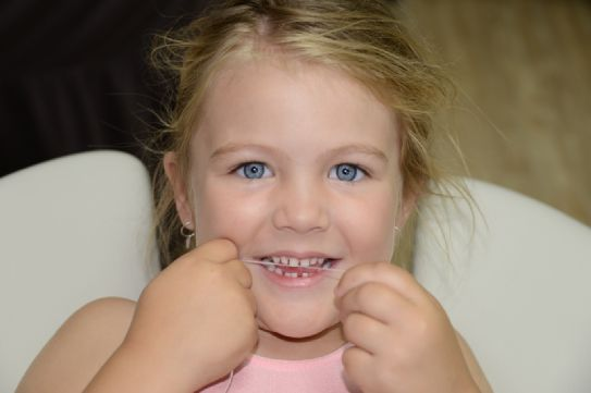 The Oral Hygienist @OHygienist 5 Dec  Never too young to floss!