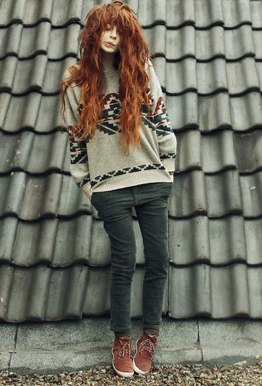 Old Sweater, Pretty Colour Pants!, Shoes
