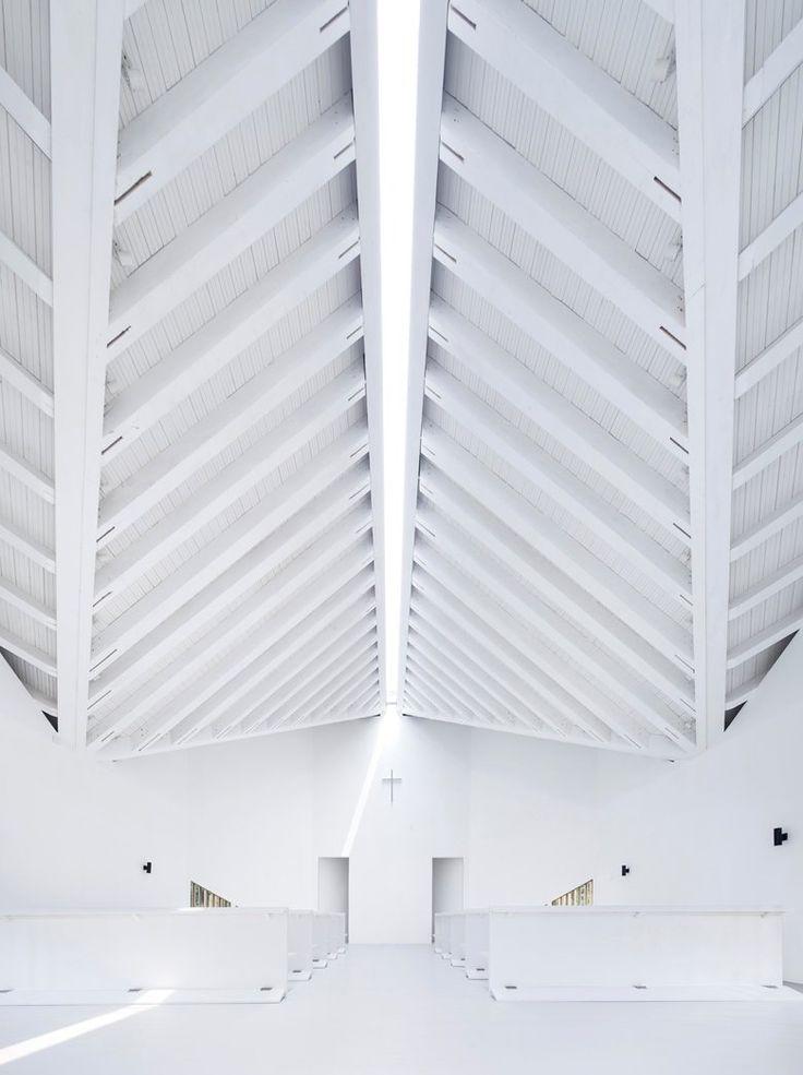 Nanjing Wanjing Garden Chapel, Nanchino, 2014 - AZL architects