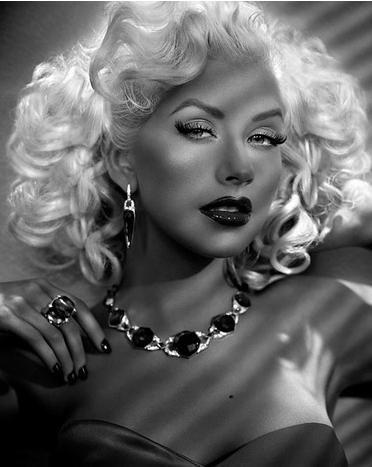 Christina Aguilera                                                       …
