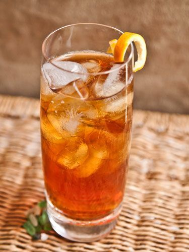 1½ oz. prepared Numi Earl Grey Tea 1½ oz. Van Gogh Oranje Vodka Garnish: lemon wedge Place tea bag into a cup of freshly boiled water for 2 minutes. Remove tea bag and chill cup in the refrigerator for 10 minutes. Combine vodka and tea in a tall glass filled with ice. Stir, and garnish with a lemon wedge.