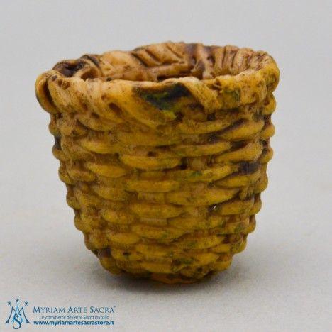 Cesto profondo in Resina. Ideale per decorare il proprio presepe. Made in Italy.  http://www.myriamartesacrastore.it/accessori-presepe/3356-cesto-in-resina.html