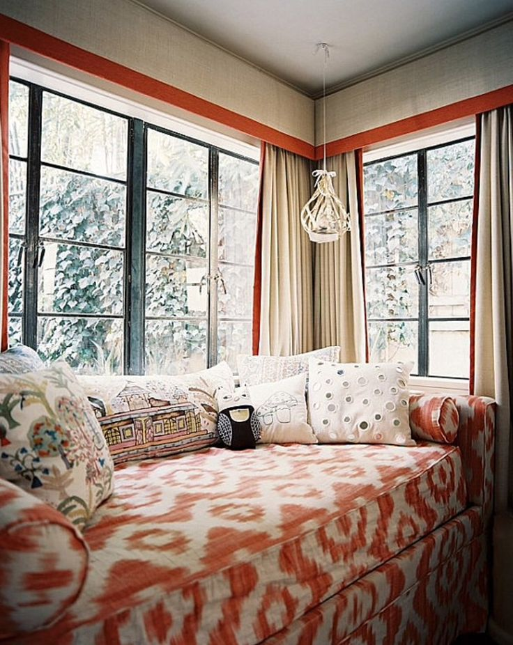 A window seat/doubles as a guest bed