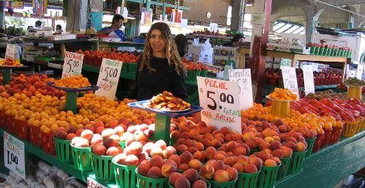 Les marchés publics de Montréal (farmer's markets Atwater, Jean-Talon, Maisonneuve, De Lachine)