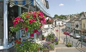 Modbury - South Devon - Visit - Explore Modbury Devon - UK - PL21 - Towns - Places to Visit - Directory | SouthHams.com #modbury