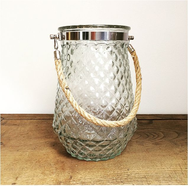 Lanterne Gaufrée pour vos centre de tables, ou votre espace détente chez l'Atelier d'Hiris, location de décoration 44