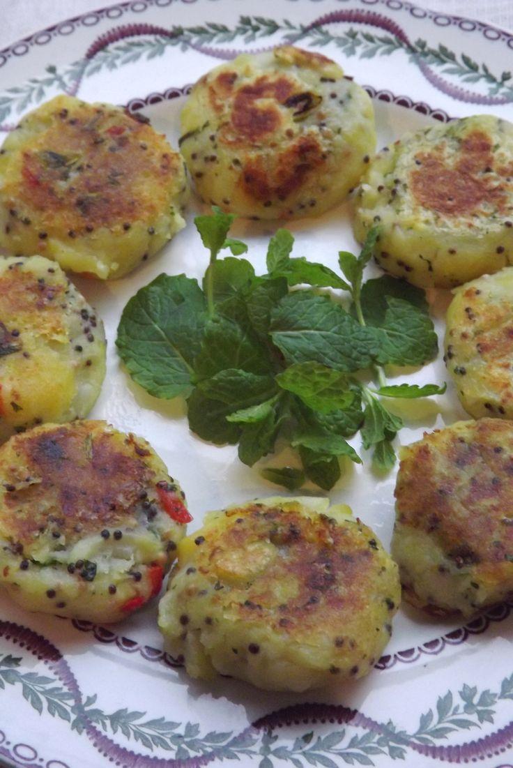 Aardappel- en groene kruidenkoekjes