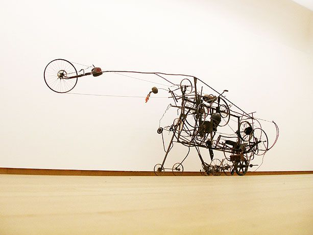 218 best jean tinguely images on pinterest jean tinguely kinetic art and art installations. Black Bedroom Furniture Sets. Home Design Ideas