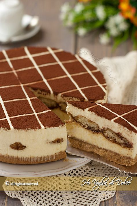 Tiramisù cheesecake ricetta Umm what?! Is this for real or did I die and go to heaven?!