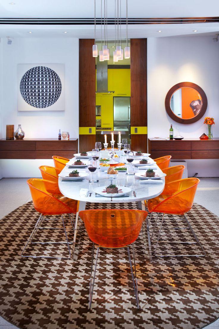 Chefs table, dining area. Luna2 private hotel, Bali. Interior design and carpet by Melanie Hall. #interiordesign #melaniehalldesign #retro