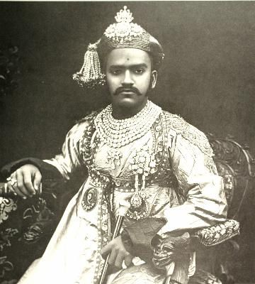 Maharaja Sayaji-Rav Gaekwar of Gujarat, circa 1902. Of particular note is the seven-row diamond necklace.: Maharajah Sayaji Rav, Google Search, Royals Jewels, Diamond Necklaces, Maharaja Sayaji Rav, Jewelry Royals, Seven Row Diamonds, Diamonds Necklaces, Royal Jewels