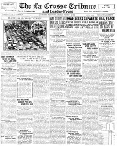 Newspaper Archives http://www.freegenealogytools.com/2009/08/free-newspaper-archives.htmlAncestry Finding, Newspaper Archives, Free Newspaper, Genealogy Heritage, Free Resources, Families History, History Tools, Genealogy Tools, Free Genealogy