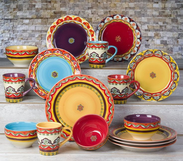 The eccentric coloring of the galicia design is reminiscent of the vivid natured colors appreciated in the Iberian peninsula region, of which the design acquired its name. Each individual piece conveying an artistic and compelling presentation.