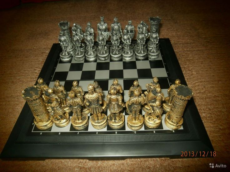 Эскиз резных шахматных фигур