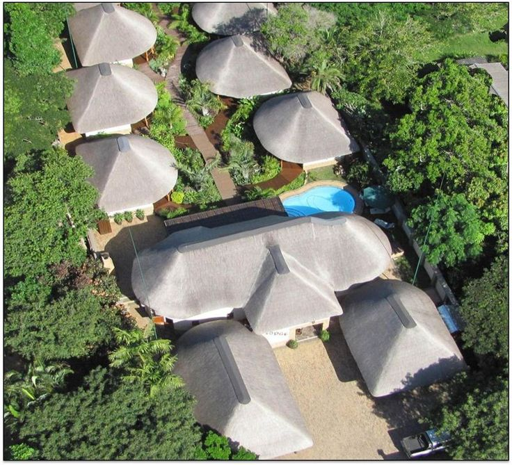 Lodge Afrique - Lodge Afriquè is situated in the village of St Lucia, on a glorious stretch of coastline fringed with golden beaches and caressed by the warm waters of the Indian Ocean.Lodge Afriquè is a bed and breakfast ... #weekendgetaways #stlucia #zululand #southafrica