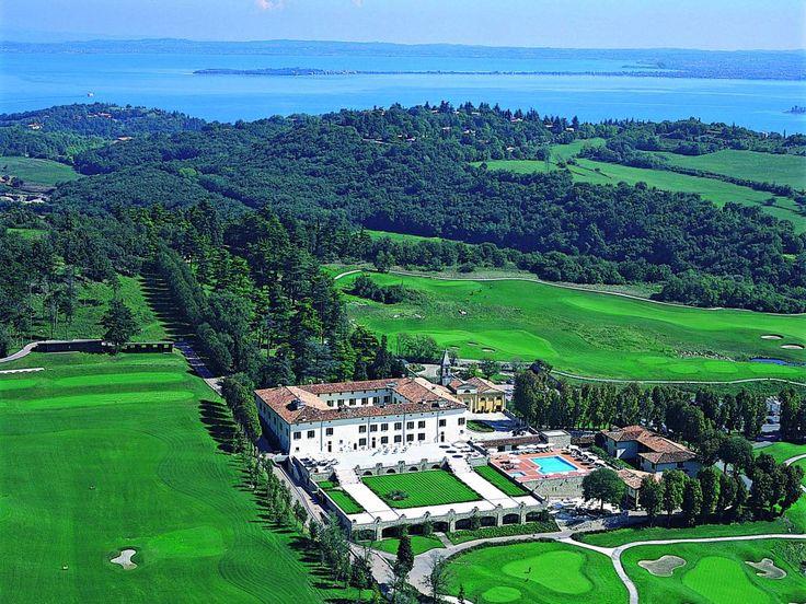 A fabulous #business #travel in #Italy with an amazing #swiming #pool? Palazzo Arzaga #Golf & #Spa Resort - #lake #Garda