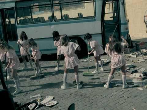 """Die Fantastischen Vier: """"MfG""""; HipHop; Songtext unter: http://www.songtexte.com/songtext/die-fantastischen-vier/mfg-bda6d7e.html"""