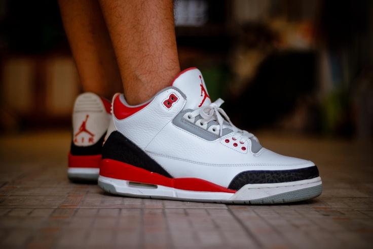 "Air Jordan III ""Fire Red"""