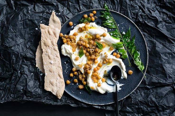 This creamy, garlicky mediterranean inspired dip is full of flavour and perfect as the starter to your next long lunch.