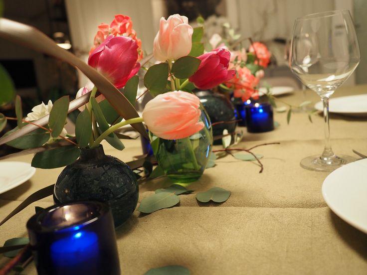 Slik gir jeg en «litt sliten» tulipanbukett nytt liv som borddekorasjon
