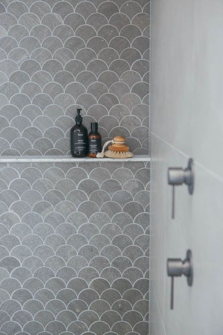 32 Simple and Practical Hexagon Tile for Your Bathroom