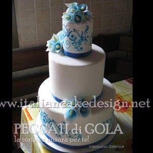 Torta mud cake con calle cake design al cioccolato bianco e crema raffaello con cocco tritato