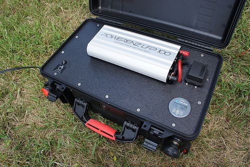 http://netzeroguide.com/portable-solar-panels.html Portable solar panels are becoming more common considering they are becoming less costly and folks always like to keep their personal gadgets charged up even though they travel off of the power grid. Custom Portable Solar Power System 48