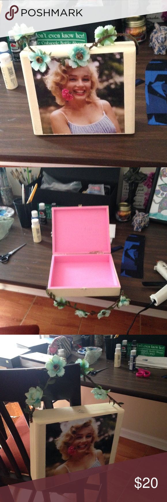 Marilyn Monroe Cigar box purse Handmade Marilyn Monroe cigar box purse Bags Mini Bags