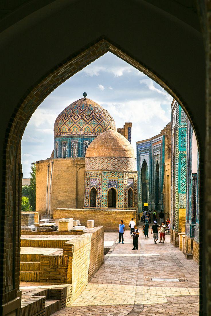 Shah-I-Zinda, Samarkand / Uzbekistan (by Kean Eng Chan).