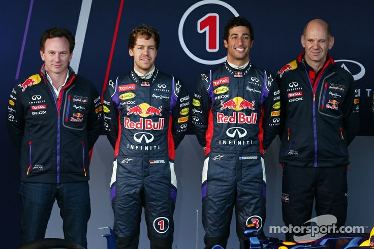 Christian Horner, Red Bull Racing Team Principal, Sebastian Vettel, Red Bull Racing, Daniel Ricciardo, Red Bull Racing and Adrian Newey, Red Bull Racing Chief Technical Officer at the unveiling of the new Red Bull Racing RB10 | Main gallery | Photos | Motorsport.com