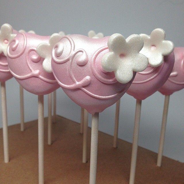 Heart Cakepops #cakepop #cakepops #mom #pink