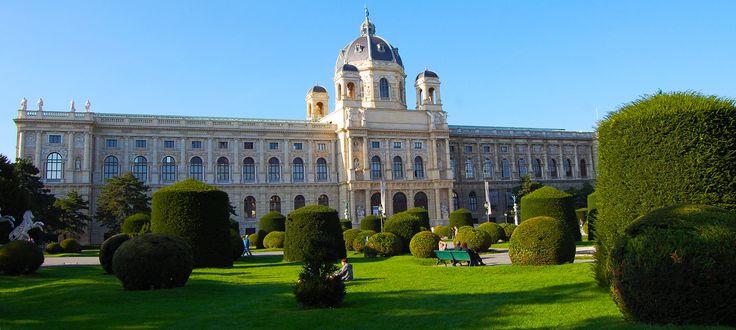 Følg i keiserfamilien Habsburgernes fotspor og nyt den unike atmosfæren, skjønnheten og historien til det keiserlige Wien. Foto: Ana Lucia Marcos ©