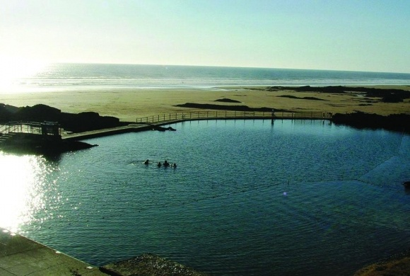 Bude Sea Pool, North Cornwall coast|Wild Swimming – outdoors in rivers, lakes and the sea
