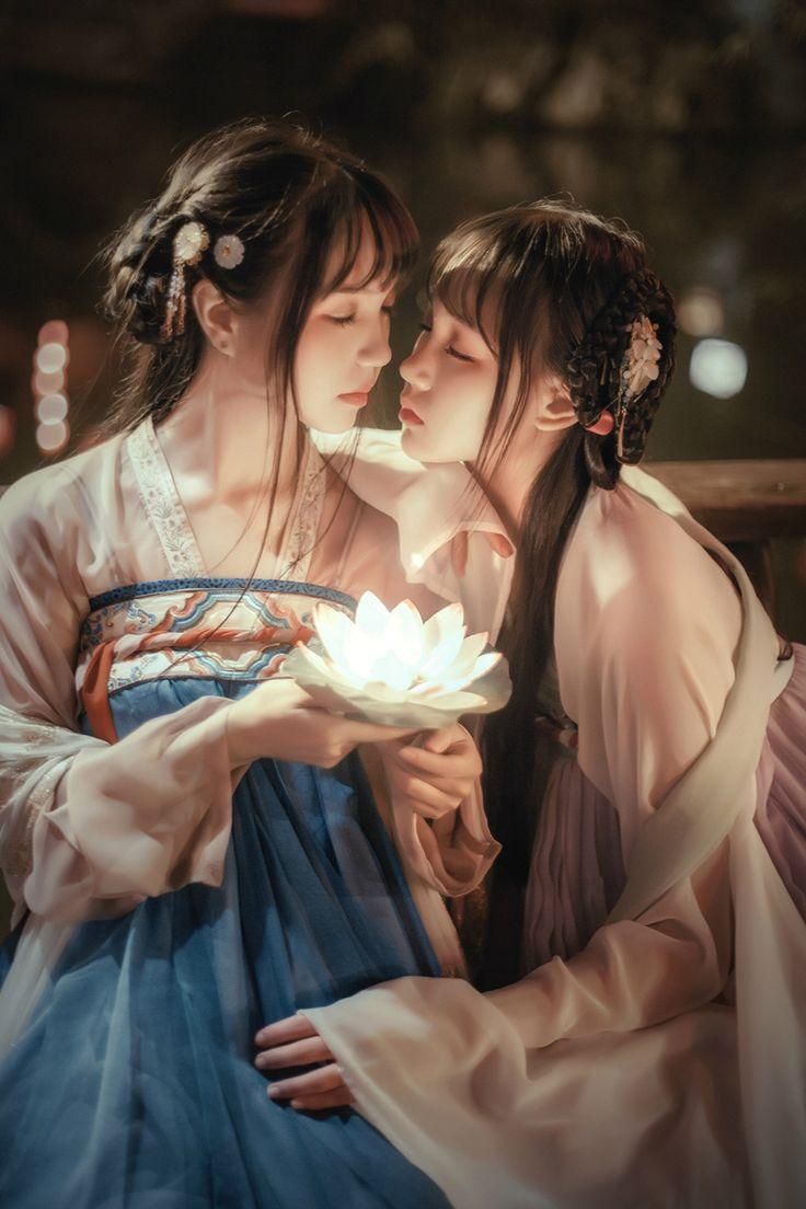 Chinese girls in hanfu 漢服 / 汉服