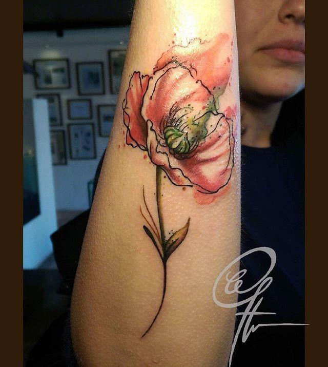 Amapola con acuarela #watercolortattoo  #watercolor  #diseño #diseñomexicano #tatuadoresmexicanos #tattoocommunity #tattoo  #tatuaje  #acuarela #ilustration