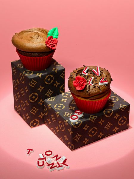 Louis Vuitton. Fashion cupcakes prop-styled by Lisa Edsalv and shot by photographer Therese Aldgard.