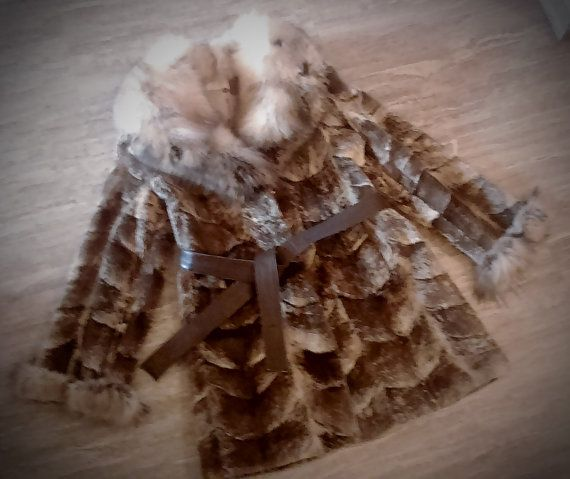 ^^^ Free international shipping ^^^    A brand new handmade Canadian beaver fur coat with fox collar. It has been sheared. It is lined with inner