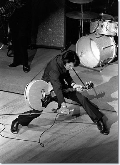 Elvis Presley : Live In Concert : International Hotel, Las Vegas : July 31, 1969.