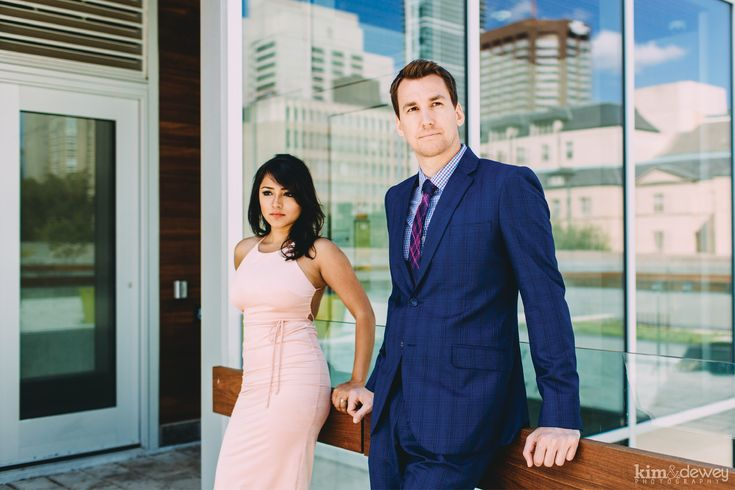 Toronto Engagement Pictures by Kim & Dewey Photography www.kimanddewey.com #engagement #photography #toronto