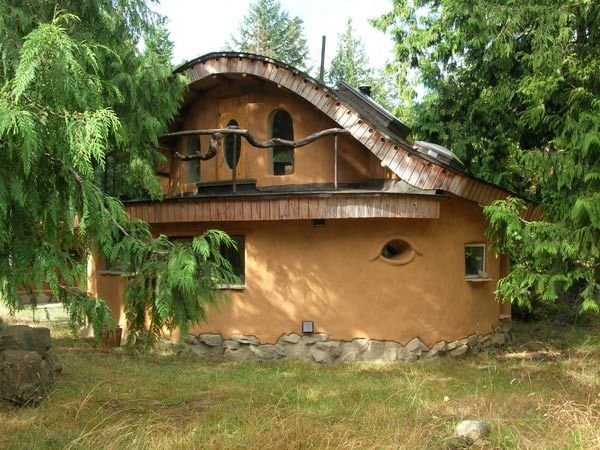 cob houses pictures | http://www.mayacreek.org/pictures/cob-house-lrg.jpg